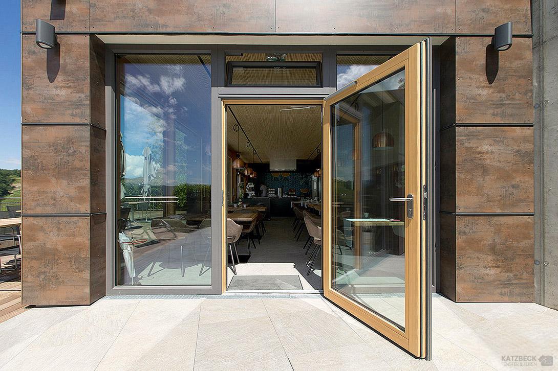manfred meister tischlermeister und montagen. Black Bedroom Furniture Sets. Home Design Ideas